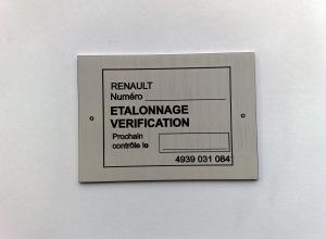 etichete metalice - renault1